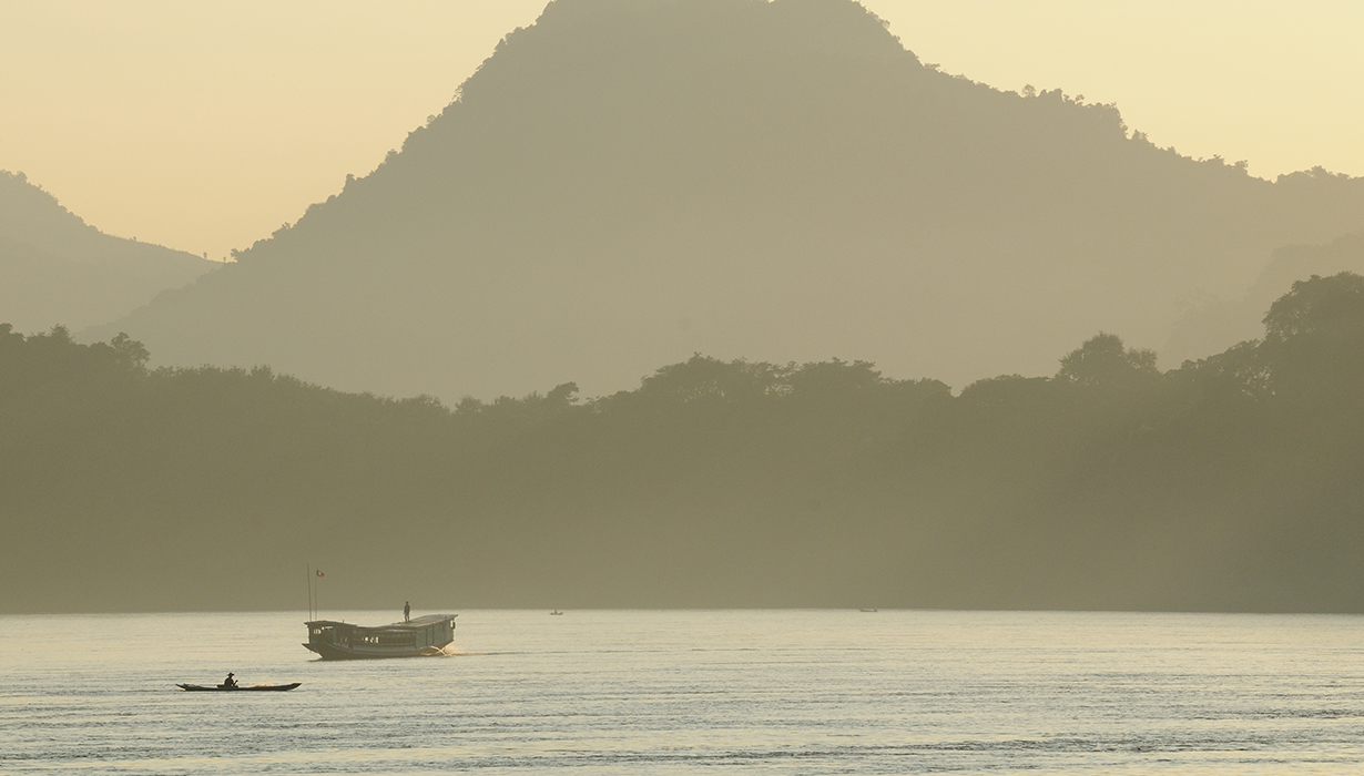 Enjoy the vistas along the Mekong-River.